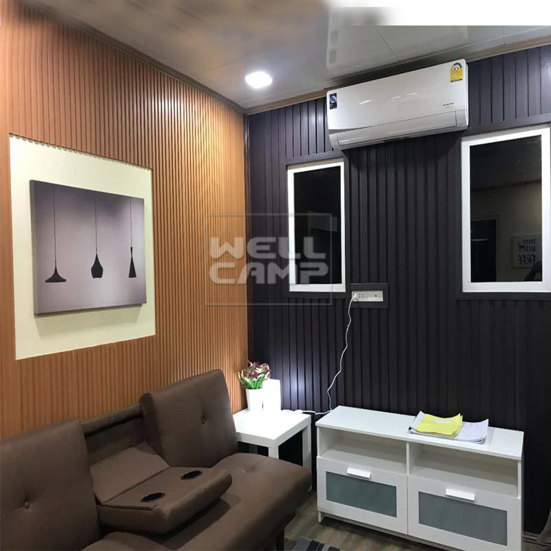 Family container villa