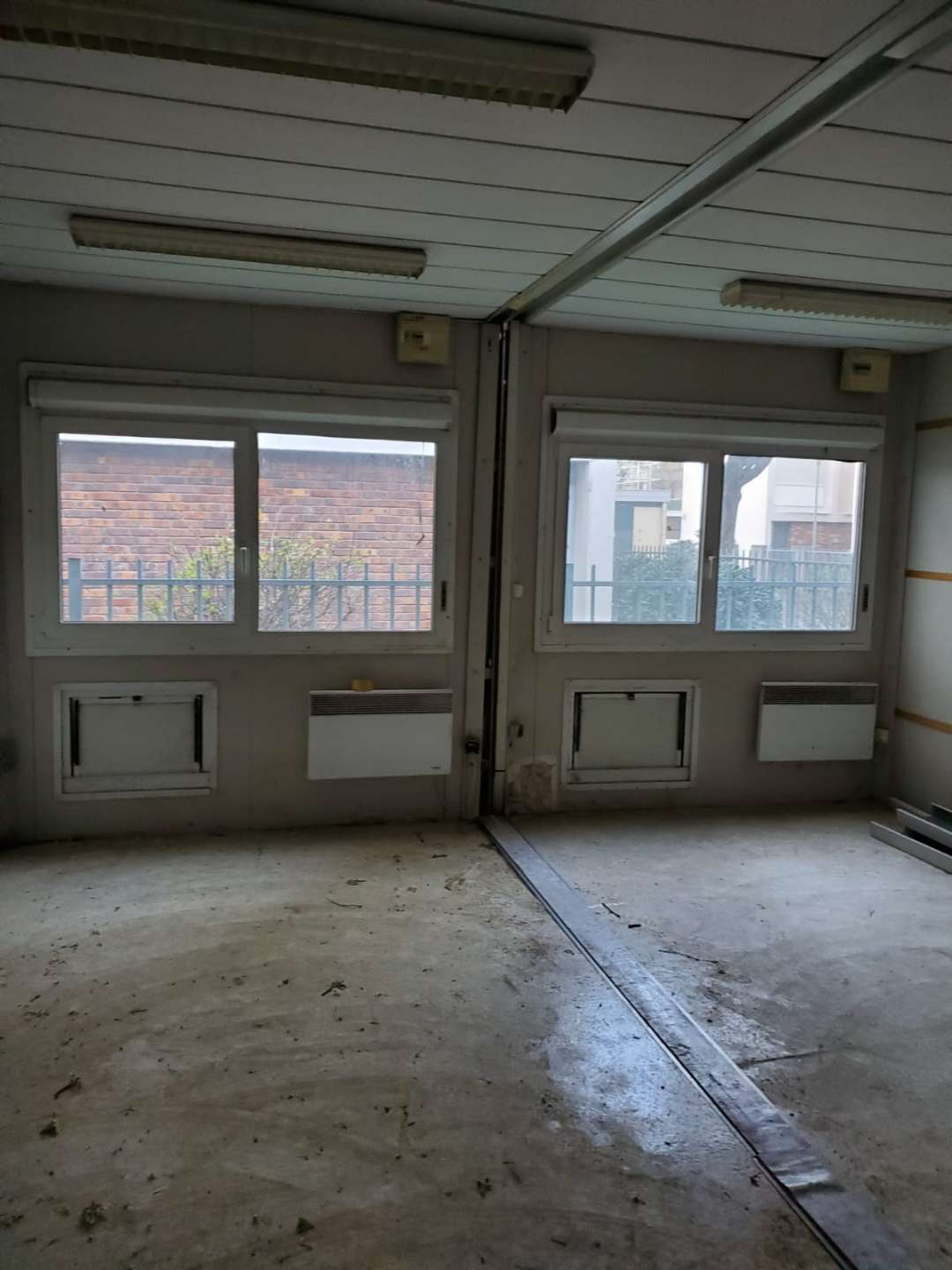 video-Flat Pack Container House For Hospital Clinic Isolation Room-WELLCAMP-img-4